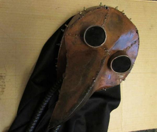 Доктор Ржавая Чума, маска.