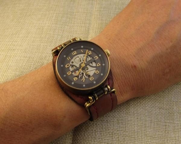 Часы, скелетон. Женские.