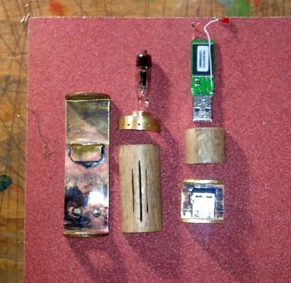 Моя первая флешка или подарок радиолюбителю (Фото 12)