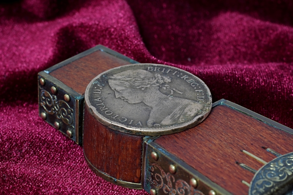 Викторианский (в прямом смысле) гарнитур (Фото 17)