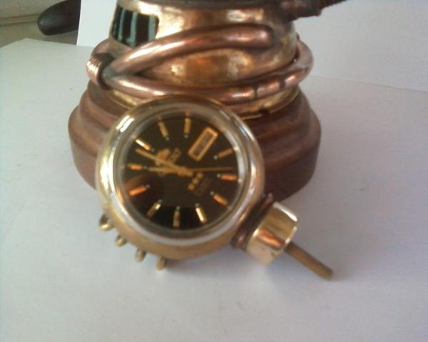 Настольные часы с подсветкой. (Фото 12)