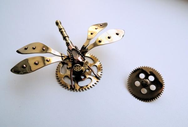 Стимпанк стрекоза (брошка)