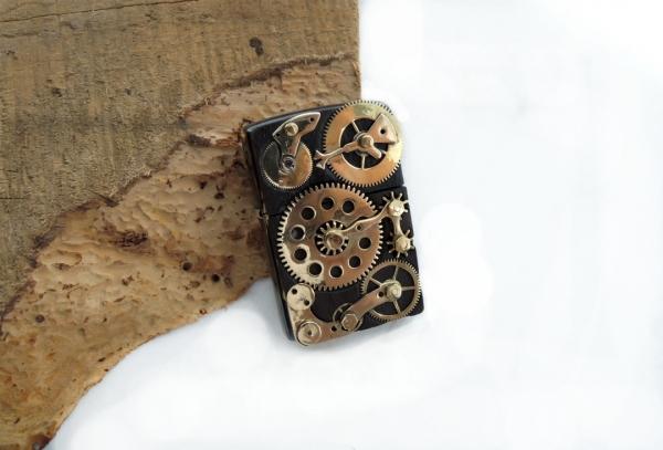 Зажигалка и портсигар в стиле Clockwork