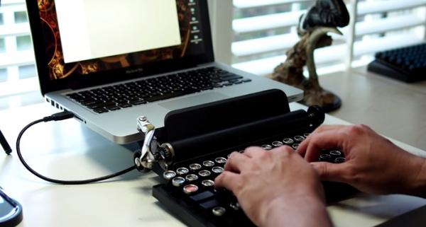 клавиатура от Qwerkywriter 3
