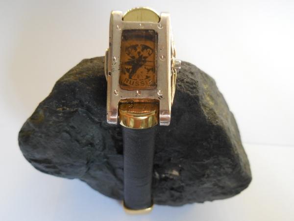 Часы женские наручные серебряные с гербом России.