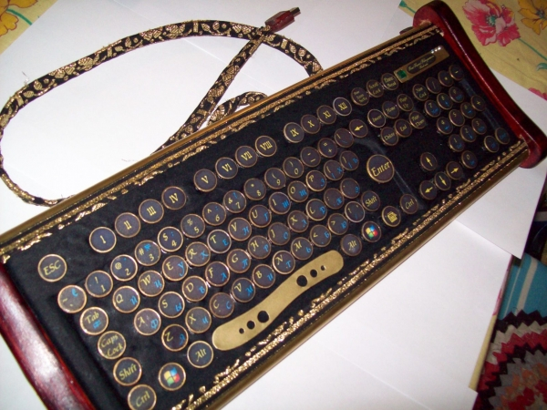 Клавиатура в стиле 18 века (Фото 11)