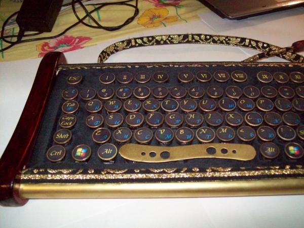 Клавиатура в стиле 18 века (Фото 7)