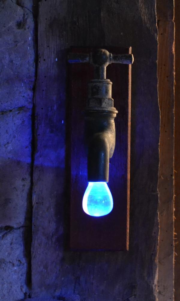 Жидкий свет или кран кристалье
