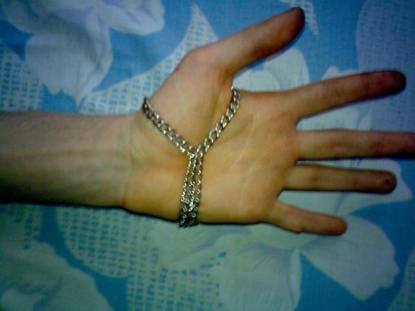 Браслет на тыльную сторону руки (…был, а после некоторой доработки получился просто обычный браслет на руку) (Фото 6)