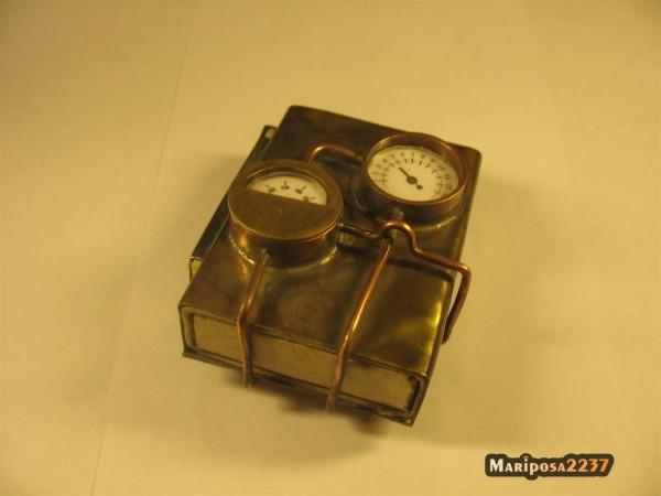 Паровой коробок-спичечница.