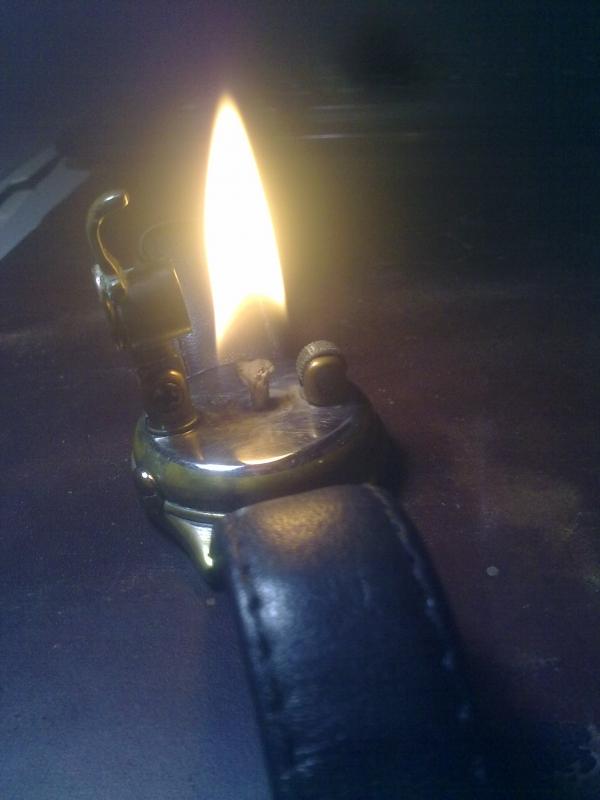 Наручная зажигалка. (Фото 10)