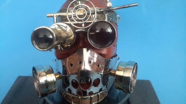 Падший steampunkер. Краткая биография: Пал...