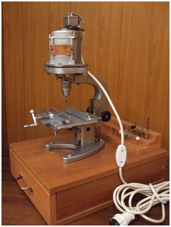 Сверлильный станок на основе микроскопа