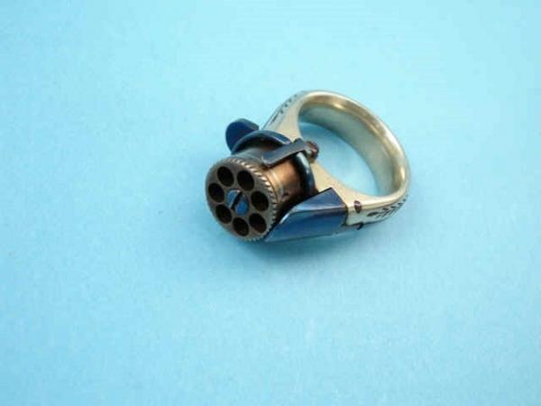 """Викторианская эпоха. Бесствольные револьверы, замаскированные под кольцо-печатку (и прочие комбинированные """"стволы"""") (Фото 4)"""