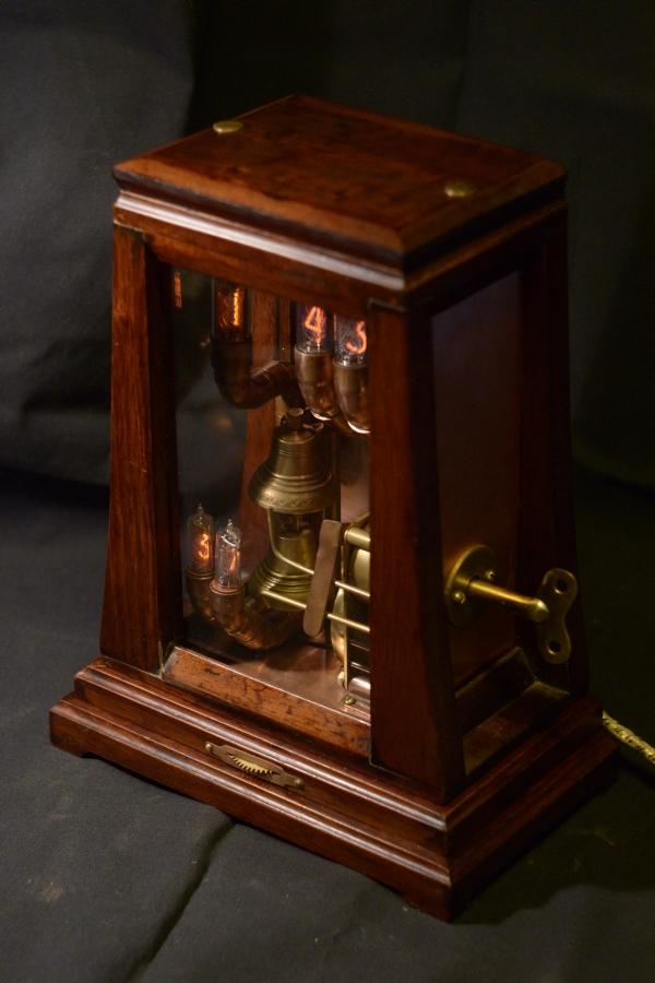 Часы с будильником 25000р (Фото 5)