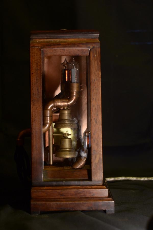 Часы с будильником 25000р (Фото 2)