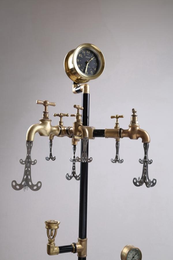 Водопроводно - тазиковая вешалка с часами (Примусная головка приблудилась случайно) (Фото 4)