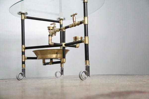 Водопроводно - тазиковый журнальный столик (с примусной головкой, приблудившейся случайно)