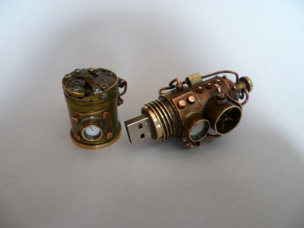 Флешка с механизмом 2 (Фото 7)
