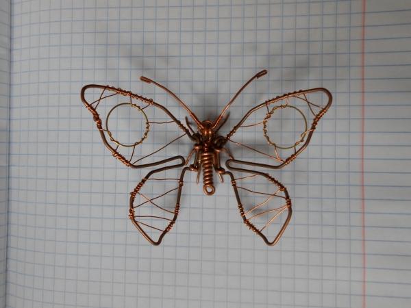 Бабочка из проволоки (Фото 2)