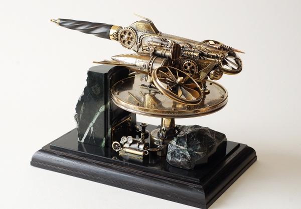Настольная композиция Вертолет (нож в стиле стимпанк).