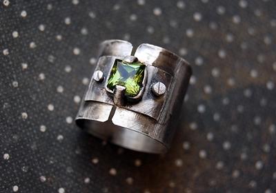 Кольцо из серебра с фианитом (Фото 3)