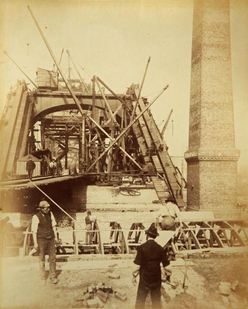 Строительство Тауэрского моста. (Фото 13)