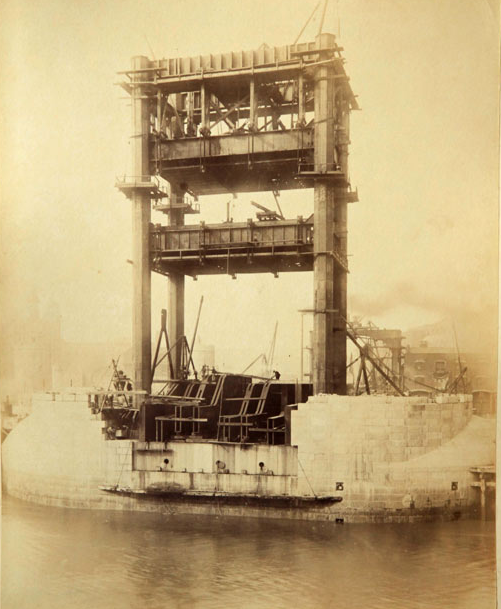 Строительство Тауэрского моста. (Фото 4)