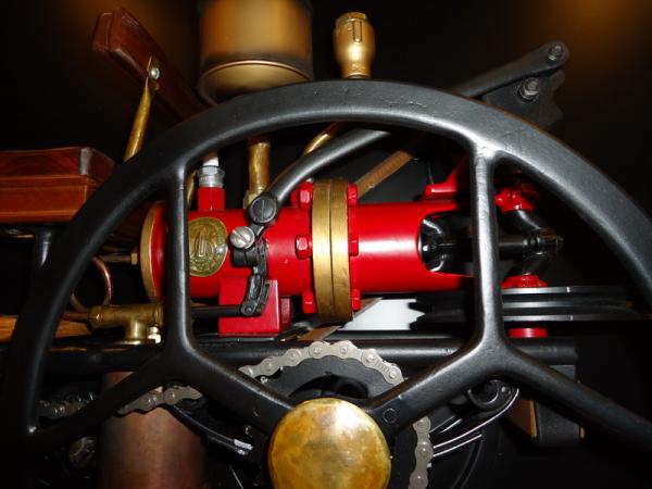 Benz Patent- Motorvagen. (Фото 3)
