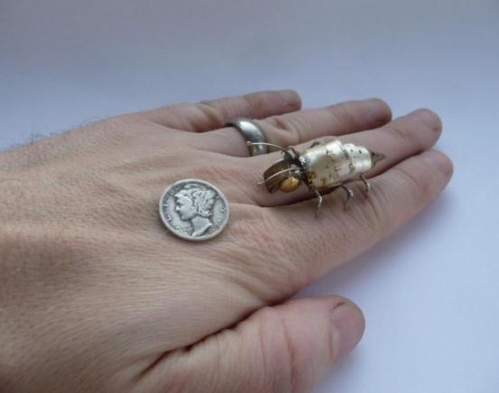 Механические насекомые от Джастина Гершенсон-Гейтса (Фото 4)