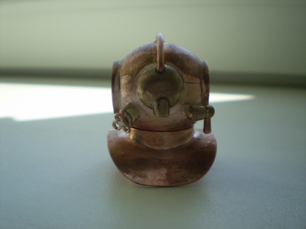 """Флешка """"Водолазный шлем"""" (Фото 36)"""