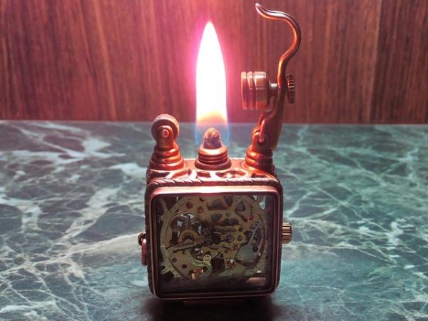 Зажигалка с часами 2.