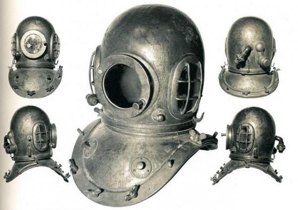 Водолазный шлем (зажигалка)