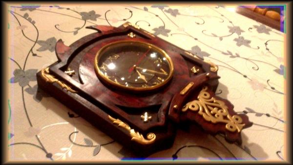Часы {В неизвестном направлении} (Фото 2)