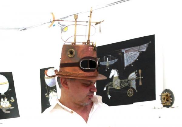 Шляпа капитана парового дирижабля Герой небес