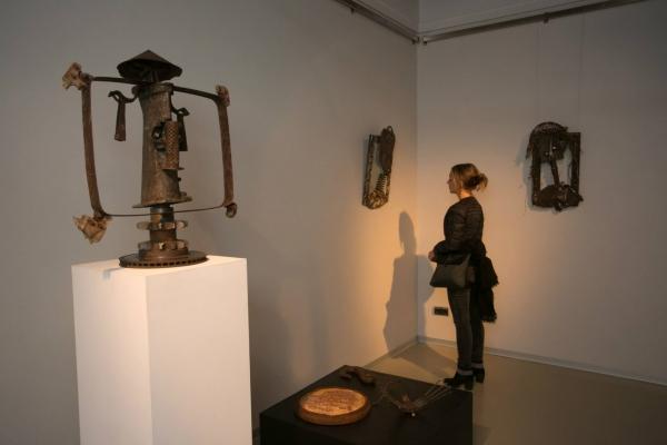 Выставка Лица Лопат  в Музее Эрарта