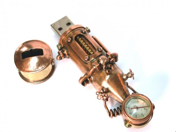 Моя первая steampunk флешка... паро флешка.