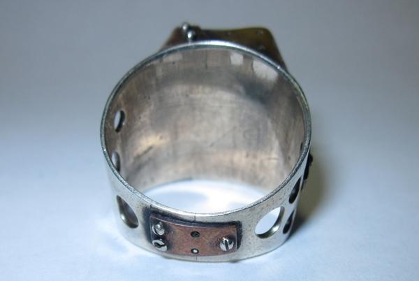 Кольцо из кусочков метала (Фото 3)