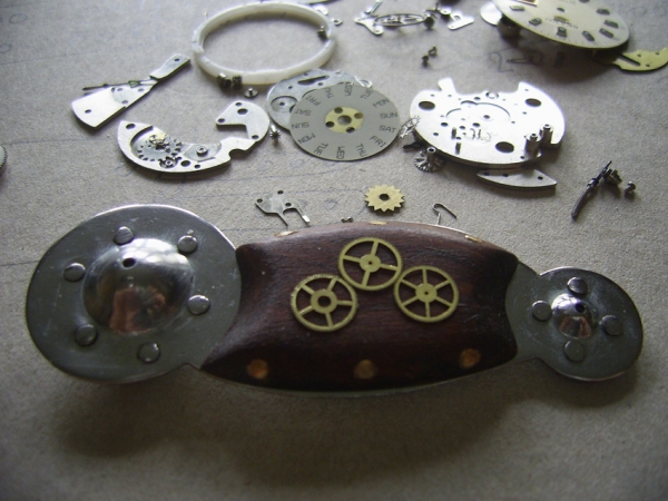 Увеличительный микроскоп Левенгука