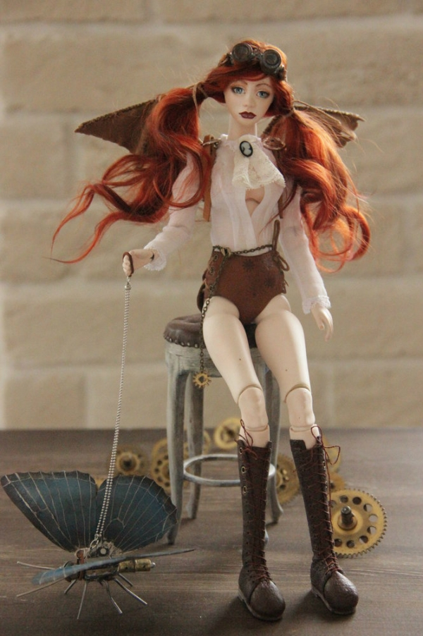 Шарнирная куколка Виктория и ее бабочка Молли (Фото 5)