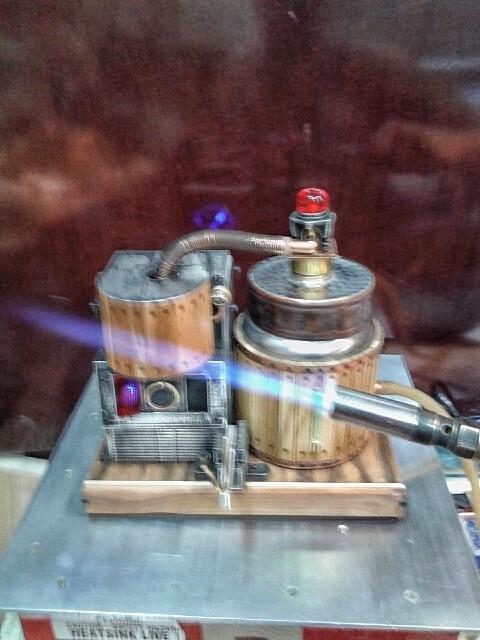 Бензиновая горелка в стиле стимпанк.