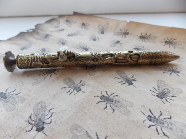Авторучка  Golden bee