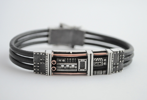 Silver leather bracelet Sustentorumus