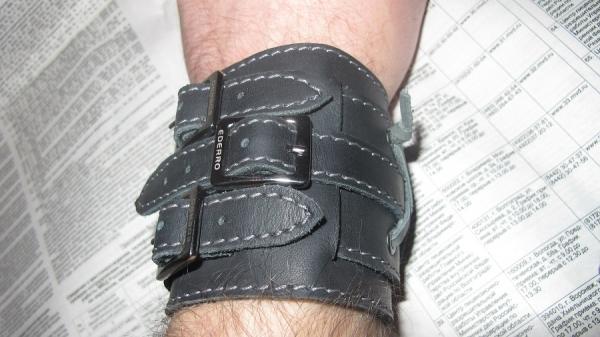 новый браслет(как у Джонни Деппа)усовершенствованный. (Фото 9)