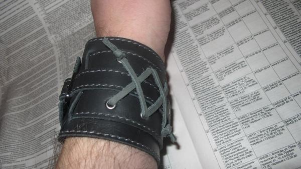 новый браслет(как у Джонни Деппа)усовершенствованный. (Фото 8)