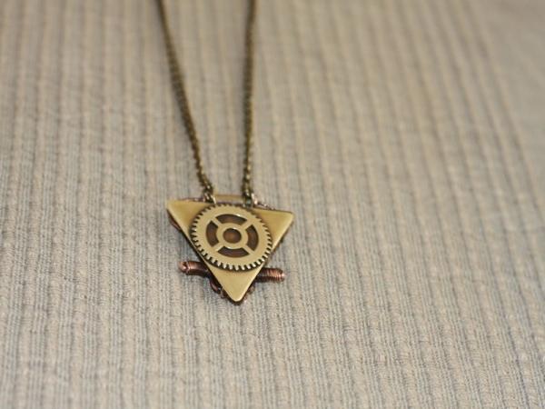 Бермудский треугольник) (Фото 10)