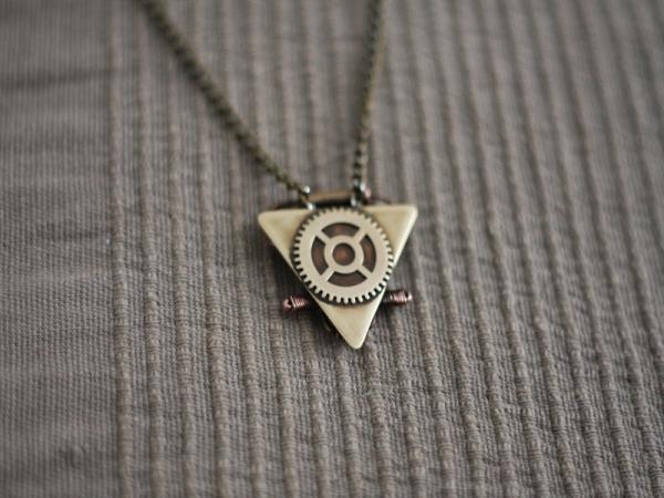 Бермудский треугольник) (Фото 7)