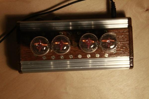 Ламповые часы на ИН-18 (Фото 8)