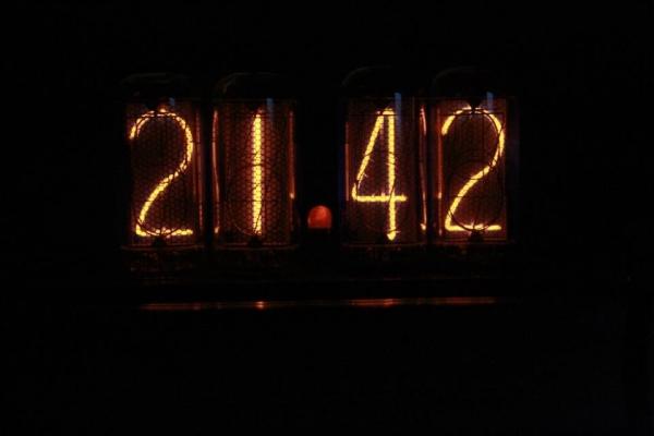 Ламповые часы на ИН-18 (Фото 6)