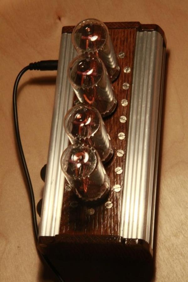 Ламповые часы на ИН-18 (Фото 7)